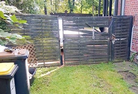 Referenzen Außen Sichtschutz Zaun vor Renovierung von HolzLand Bunzel in Marl und Hamm