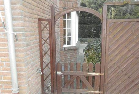 Referenzen Außen Sichtschutz vor Renovierung von HolzLand Bunzel in Marl und Hamm