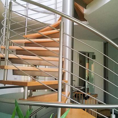 Referenzen Wendeltreppe Geländer von HolzLand Bunzel in Marl und Hamm