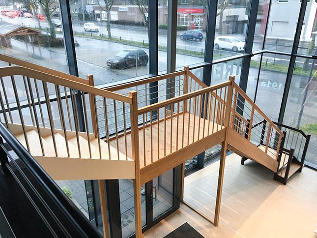 Treppe neuer Standort HolzLand Bunzel in Hamm