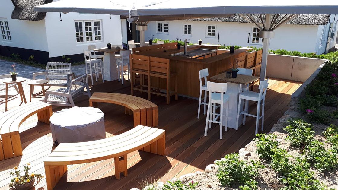 Außen Referenzen | Bangkirai Terrasse Alter Gasthof Sylt | Holzland Bunzel in Marl und Hamm