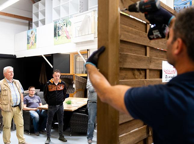 Zaun schrauben | DIY-Zaunseminar bei HolzLand Bunzel in Marl