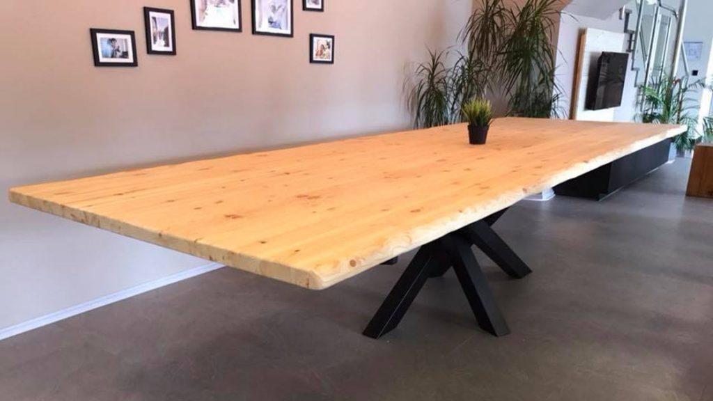 Baumkantentisch | Referenzen | HolzLand Bunzel in Marl und Hamm