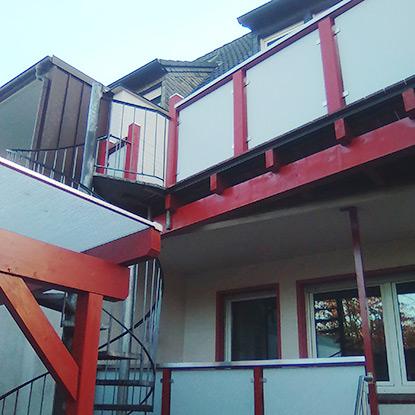 Referenz Balkonsanierung mit Geländer | HolzLand Bunzel in Marl und Hamm