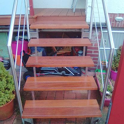 Referenz Treppe Balkonsanierung | HolzLand Bunzel in Marl und Hamm