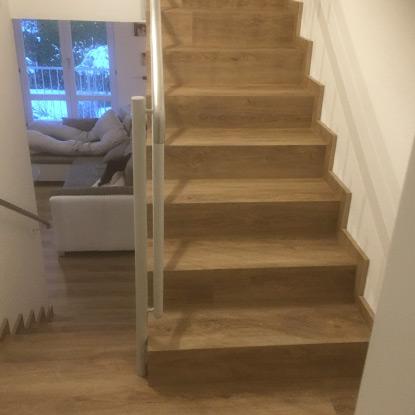 Treppe mit Vinyl | Referenzen | HolzLand Bunzel in Marl und Hamm