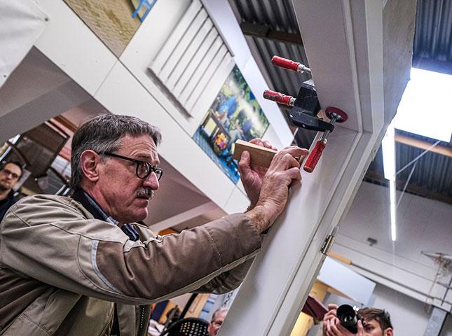 Spreizen-Einsatz beim DIY-Innentürenseminar 2020 | HolzLand Bunzel in Marl