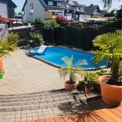 Terrasse mit Pool   HolzLand Bunzel in Marl und Hamm